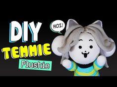 DIY Temmie Plushie with Movable Arms! Source by burnzyrn Undertale Plush, Undertale Fanart, Plush Pattern, Free Pattern, Rainbow Loom Patterns, Sock Crafts, Felt Crafts, Sock Animals, Diy Ribbon