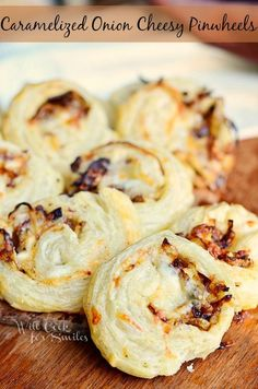 Caramelized Onion Cheesy Pinwheels are such a delicious and easy finger food that you can serve at any party. These flaky puff pastries are baked to a golden perfection—they're bursting with flavor! Finger Food Appetizers, Yummy Appetizers, Appetizers For Party, Finger Foods, Appetizer Recipes, Parties Food, Appetizer Ideas, Antipasto, Potato Skins