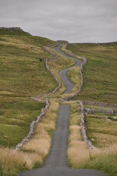 driving through the Yorkshire Dales