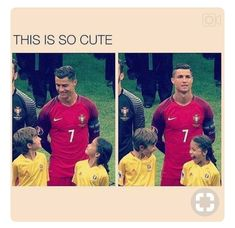 Trending Photo de Cristiano Ronaldo : So cuteeee Funny Soccer Memes, Soccer Quotes, Sports Memes, Stupid Funny Memes, Funny Relatable Memes, Haha Funny, Cr7 Quotes, Hilarious, Cristiano Vs Messi