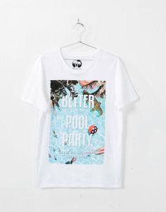 Photographic print T-shirt - T-shirts - Bershka United Kingdom Urban Fashion, Mens Fashion, Female Girl, Streetwear Brands, Graphic Tees, T Shirt, Summer Men, Kids Boys, Showroom