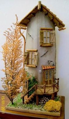 Coppo tile by Miniature Crafts, Miniature Fairy Gardens, Miniature Houses, Nail Polish Crafts, Clay Wall Art, Clay Houses, Fairy Houses, Little Houses, Home Crafts