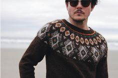 Rams-inspired knitting patterns: Flugeldar by Kiyomi Burgin, download on LoveKnitting