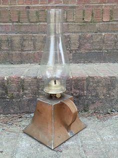 RARE VINTAGE COPPER OIL LAMP HANDLE BURNER CHIMNEY KEROSENE LAMPS SHIP LIGHTING