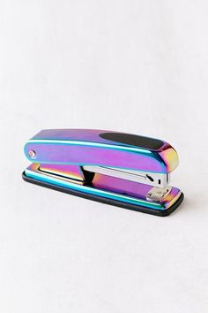Stapler of our dreams in an oil slick finish - perfect for pairing with our Oil Sllick Scissors for one edgy set of desk accessories! Stationary School, Cute Stationary, School Suplies, Back To School Supplies, Office Supplies, Desk Supplies, Cute Notebooks, Too Cool For School, Office Accessories