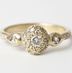 21 timeless, gorgeous engagement rings for the vintage bride.