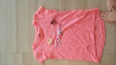 Easy name shirt with crochet hearts