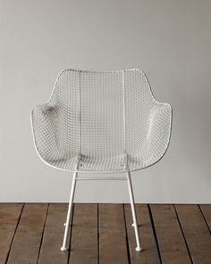 Biscayne Armchair - White | ELLE Decoration NL
