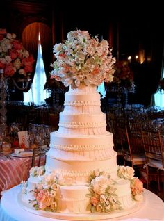 Sylvia Weinstock's world famous wedding cakes; Photo By: John Labbe