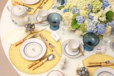 Tablescape | via Casa Vogue