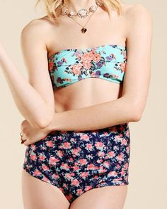 Lolli Mixed Floral Bikini from Urban Outfitters. Don't be afraid to mix and match your swimwear! Pretty Outfits, Cute Outfits, Pretty Clothes, Floral Bikini, Summer Trends, Bikini Models, Bikini Tops, Bikini Retro, Hot Bikini