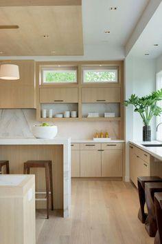 A Modern House Kitchen Interior That Fits into the Environment - Modern Kitchen Design Kitchen Ikea, Modern Kitchen Cabinets, Home Decor Kitchen, White Oak Kitchen, Kitchen Wood, Navy Kitchen, Floors Kitchen, Decorating Kitchen, Family Kitchen