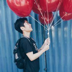 #balloons 😂 crdts: @johnrikk Meteor Garden, Chester, Bae, Balloons, Handsome, Wallpapers, Actors, Projects, Anime