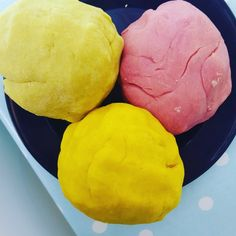 Homemade Playdough - Hob Method VS No Bake - Nanny Jenni