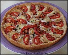 Tarte à la tomate, chèvre et miel Diät, Italian Recipes, Snack Recipes, Vegetarian Recipes, Quiche Recipes, Baguette, Macarons, Honey Pie, Tumblr Food, Food Wishes