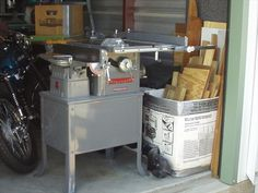 "Delta Manufacturing Co. - Delta Shop Unit - 4"" Jointer and 8"" Table Saw"