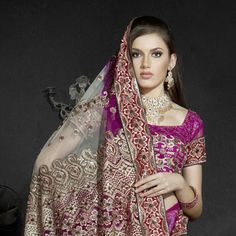 Off White and Magenta Net Saree with Blouse Online Shopping: SRZ365