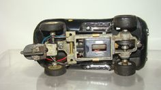 http://www.ebay.com/itm/1-32-Scale-Vintage-Cox-Cheetah-black-running-chassis-/121870653445?hash=item1c600e9805:g:v60AAOSwLnlWn51g