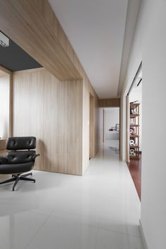 Architect's Home in Singapore: Natura Loft Apartment by AO Studios - http://freshome.com/2013/06/20/architects-home-in-singapore-natura-loft-apartment-by-ao-studios/