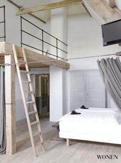 Gaaf idee voor je zolder een vide met trap zolder pinterest be cool ladder and barn bedrooms - Loft bed met opbergruimte ...