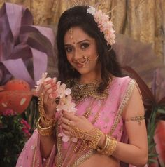 Simple Rangoli Border Designs, Indian Women Painting, Shiva Parvati Images, All Actress, Pooja Sharma, Goddess Lakshmi, Indian Fashion Dresses, Indian Wedding Photography, Crop Top Outfits