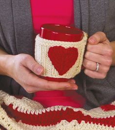 Give DIy Valentine's gifts this year and knit a Valentine Mug Hug!