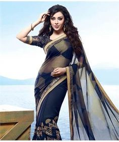 Georgette Saree with Blouse | I found an amazing deal at fashionandyou.com and I bet you'll love it too. Check it out! Bollywood Designer Sarees, Indian Designer Sarees, Indian Sarees Online, Designer Sarees Online, Bollywood Saree, Simple Sarees, Trendy Sarees, Navy Blue Saree, Silk Saree Blouse Designs