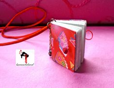 Mini libro colgante,  Japanese mini book pendant  kanzashiland