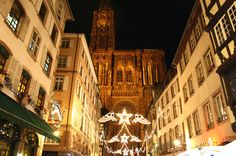 """+++ New Blogpost +++ What is """"Choucroute Strasbourgeoise"""" and how many Christmas Markets does the capital of christmas have? http://nicolos-reiseblog.de/sehenswuerdigkeiten-in-strassburg-zu-weihnachten/ #strasbourg #france"""