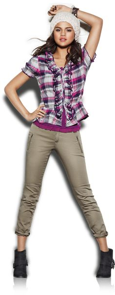 Selena Gomez - DREAM OUT LOUD
