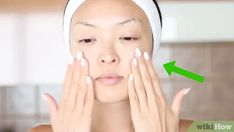 How to Reduce the Swelling and Redness of Pimples. Pimples are a part of life, but the swelling and redness they bring don't have to be. Like preventing pimples or fighting acne, reducing pimple-related irritation can be an uphill battle. Apple Cider Vinegar For Skin, Waxing Tips, How To Reduce Pimples, Wall Workout, Clogged Arteries, How To Grow Your Hair Faster, Skin Toner, Healthy Skin, Healthy Tips
