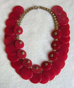 8d63be9364b9 Bakelite Cherry Red Disk Dangles Vintage Necklace