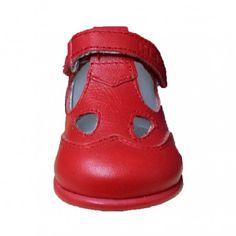 846aa4b34211e Zapatillas de casa para niños de Star Wars de Zapy tipo botita con velcro  muy calentitas Para la estrella de la casa!! Del 18 al …
