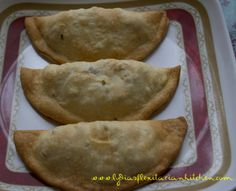 Tapas Tuesday: Empanadas :: Lydia's Flexitarian Kitchen