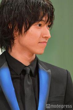 (画像37/43)山崎賢人、舞台挨拶で感激