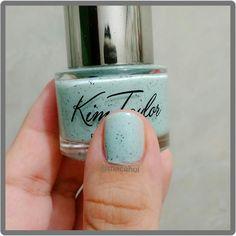 Cookie Mint de Kim Taylor, bueno bonito y barato! #NailPolish #KimTaylor #CookieMint #Nails #NailArt #Glitter
