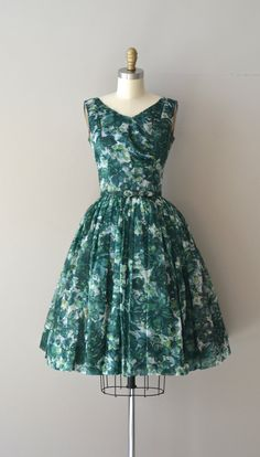 Middlemarch dress / vintage 1950s dress / floral by DearGolden