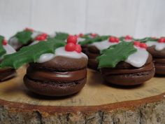 emily's recipes and reviews | uk food blog: christmas pudding macarons.