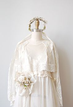 antique 1920s wedding gown set