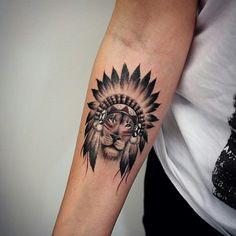 Leão de cocar. Lindo!                                                       …