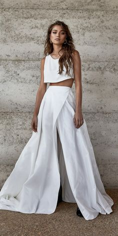 At One Day Bridal we offer an alternative to traditional. We seek to break the rules, creating effortless bridal looks for the modern day bride. Two Piece Wedding Dress, Wedding Skirt, Wedding Dresses 2018, Two Piece Dress, Wedding Dress Styles, Wedding Dress Crop Top, Crop Top Dress, Wedding Bride, Wedding Dresses Australia