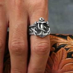 Silver Anchor Ring...thanks for the pin Aunt Sue! LOVE this ring!