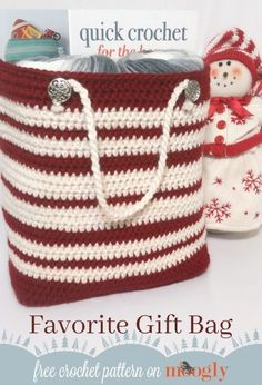 Favorite Gift Bag - free crochet pattern for a more eco-friendly holiday on Mooglyblog.com! #crochetbags