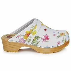 Cute clogs for girls