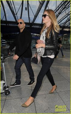 Rosie Huntington-Whiteley & Jason Statham Land in London! | rosie huntington whiteley jason statham land in london 03 - Photo