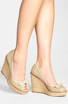 Cutest. wedges. ever! http://rstyle.me/n/gdteen2bn