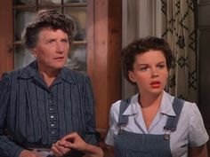 When I think of Marjorie Main I can't help but link her with Judy Garland. Others may remember her as Ma Kettle but, for me, the picture. 1940s Movies, Old Movies, Hollywood Actresses, Actors & Actresses, Marjorie Main, Ray Bolger, Harvey Girls, Best Supporting Actor, Judy Garland