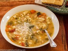 Marisa's Pasta Fagioli (Pasta Fazool) – Homemade Italian CookingPasta Fagioli or Pasta with Beans is a comfort food from my childhood. The proper name is Pasta e Fagioli, and is categorized as a soup instead of a pasta. It was often served on Fridays Italian Cooking, Italian Recipes, Italian Foods, Soup Recipes, Cooking Recipes, Casserole Recipes, Vegetarian Recipes, Dinner Recipes, Italian Cuisine