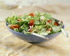 Aguacate y granada en ensalada dieta disociada menu