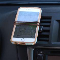 Hair Tie Phone Holder - Everything About Diy Car Car Life Hacks, Car Hacks, Simple Life Hacks, Hacks Diy, Buzzfeed Nifty, Buzzfeed Video, Hacks Videos, Diy Videos, 5 Minute Crafts Videos